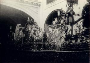 Paso Cruz al Hombro 1903, estreno de las reformas del  primero, y 1909 en que se quitan figuras del segundo..